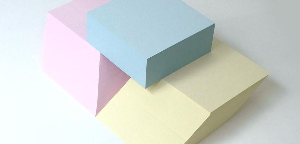 子どもたちの書きたい意欲をかなえる「メタルインセッツ用紙」が誕生